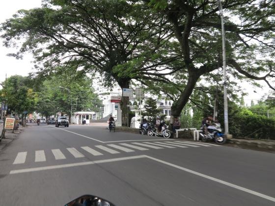Jalan Raya Tlogomas Sepanjang Kampus